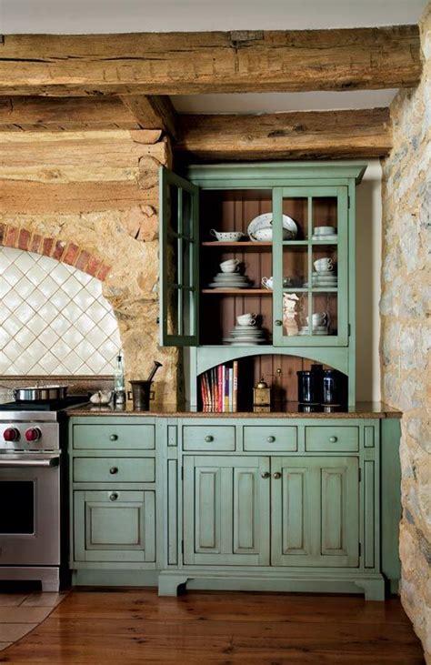 primitive kitchen cabinets primitive colonial inspired kitchen colonial kitchen