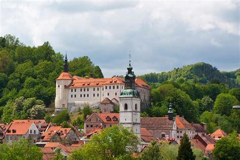 Carry On Fee cultural sights kofja loka explore slovenia