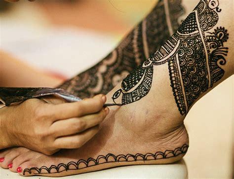 Swarovski Aksesoris Henna Arts Ukuran Kecil 16 inpirasi henna anti mainstream demi momen pernikahan yang tak terlupakan