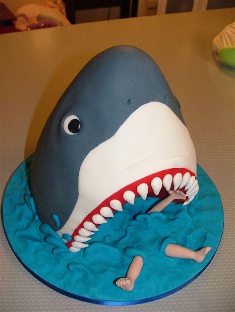 amazing fondant cakes absolutely awesome boys birthday cakes       cakes