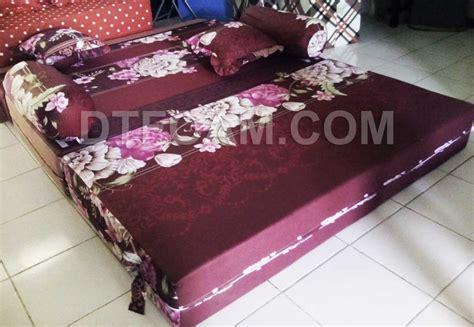 Sofa Bed Lipat Inoac sofa bed kasur busa lipat inoac mawar merah tua dtfoam
