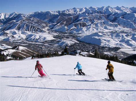 idaho skiing theluxuryvacationguide