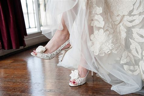 Wedding Accessories Website by Wedding Top Tips Choosing Your Bridal Accessories