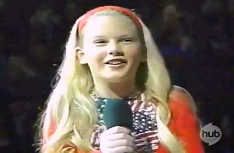 taylor swift star spangled banner age 11 taylor swift sings national anthem at age 12 watch the video