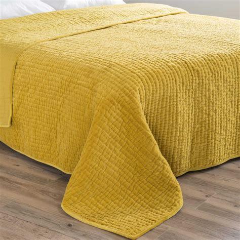 sprei 180 velvet velvet quilted bedspread in mustard yellow 240 x 260cm