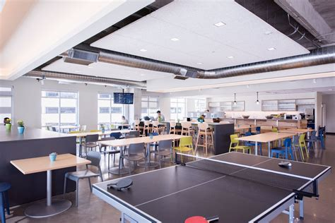 Homeaway Glassdoor Mba Intern Salaries by The Bistro At The Domain Offi Homeaway Office Photo