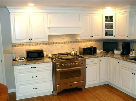 kitchen cabinet moulding trim home design ideas under cabinet molding trim base trim update kitchen