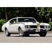 1969 Oldsmobile 442 Hurst/Olds Holiday Coupe  Specifications Photo