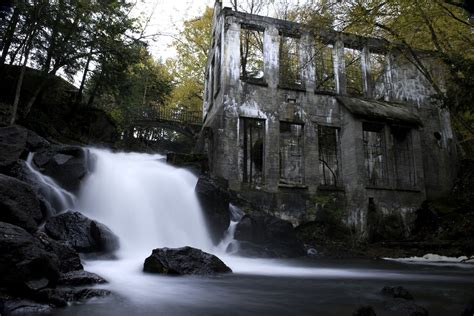 abandoned places 35 abandoned places that seem to be haunted with beautiful
