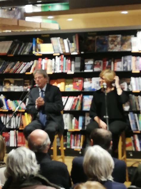 libreria feltrinelli genova la sfida impopulista l ex premier paolo gentiloni alla