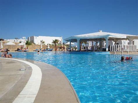 W Hotel Bathroom Waves Pool Picture Of Hilton Marsa Alam Nubian Resort