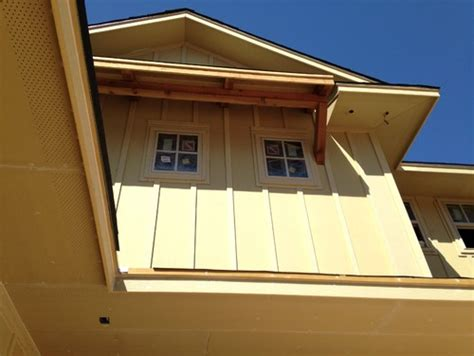 what color to paint the eaves