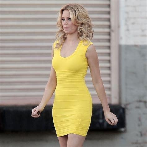 elizabeth banks filme elizabeth banks filming walk of shame in a yellow dress
