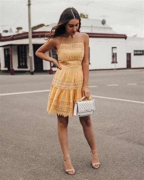 Mischa Bartons Eyelet Dress At Keds For Lord by Best 25 Yellow Sundress Ideas On Sundresses