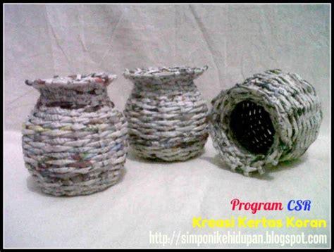 membuat vas bunga dari kertas macam macam kerajinan bunga dari bekas telur joy studio