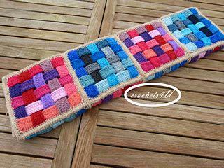 Quadrate Patchwork Decke Häkeln ravelry woven afghan pattern by joke decorte