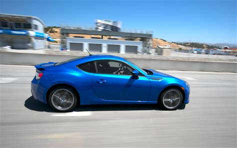 subaru cars brz 2013 subaru brz side in motion 2 photo 70