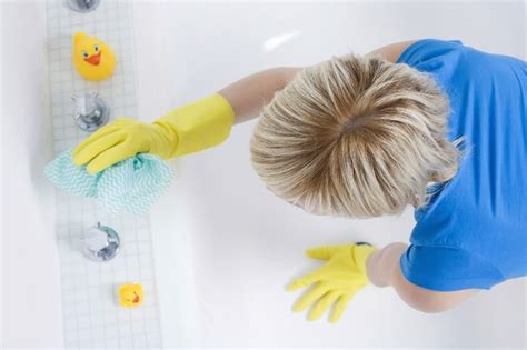 clean up bathroom weekly bathroom cleaning in 7 easy steps