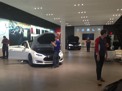 Tesla Showroom File Tesla Showroom Santana Row Jpg