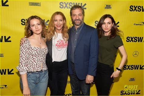 leslie mann trump leslie mann judd apatow are joined by daughters at
