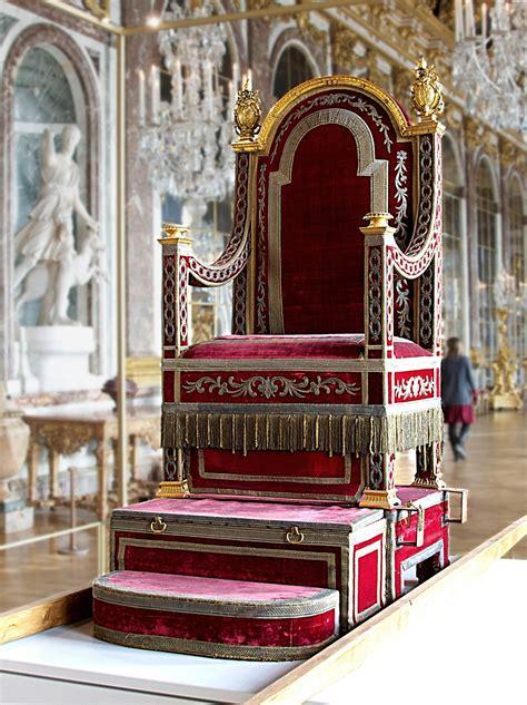 la poltrona papa sedia gestatoria