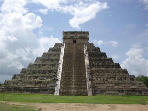imagenes de templos olmecas file templo de kukulkan yucatan mexico0172 jpg wikimedia