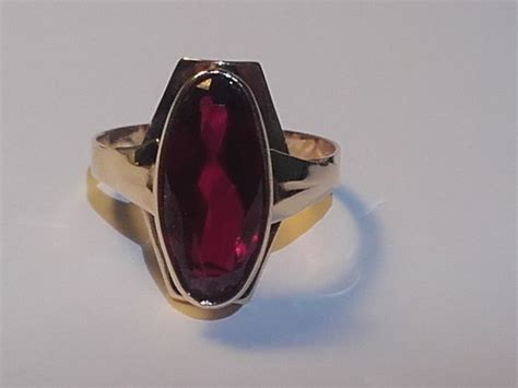 Ruby 14 8ct 14k gold ring year 1968 p7 with a 4 8ct ruby size 18