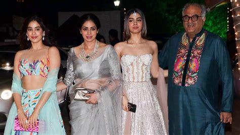 sridevi daughter photos sridevi with hot daughters jhanvi khushi kapoor at