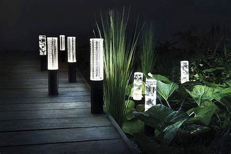 Led Garden Lights On Winlights Com Deluxe Interior Solar Landscaping Lights Outdoor