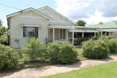 28 henderson street inverell nsw 2360 house for sale