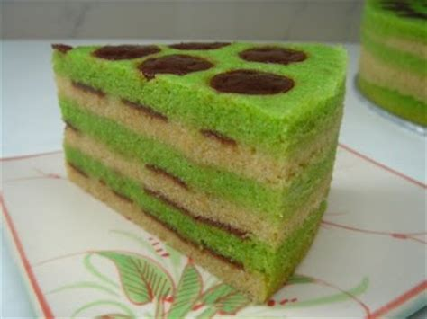 San Cha Haw Flakes 100g yochana s cake delight steamed haw flakes cake