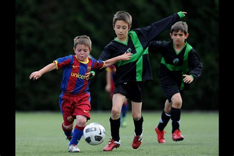 barcelona young players barcelona s illicit pursuit of teenagers reflects soccer