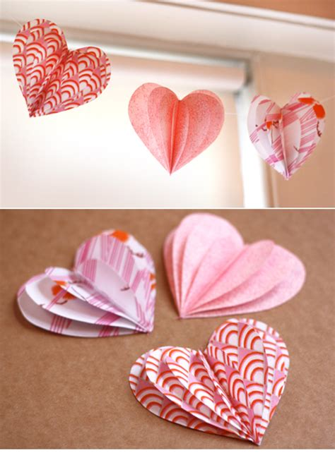Paper Craft Hearts - picture of diy 3d paper garland