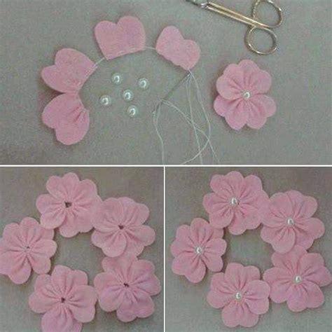 come fare i fiori di pannolenci fare fiori in pannolenci velocemente con la fustellatrice
