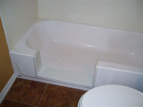 walk in bathtub conversion 17 best images about senior friendly design on pinterest