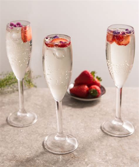 martini prosecco elderflower prosecco cocktail recipe discover more