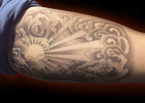 japanese sunrise tattoo designs sun japanese wave cloud black and grey bicep