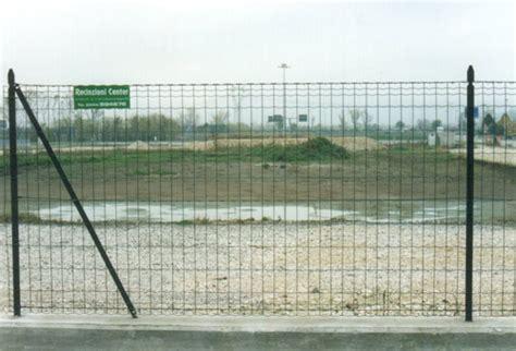 la rete di protezione b06xdm8dcq recinzioni in rete metallica su muretto