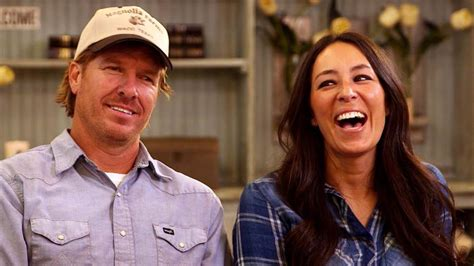 chip and joanna gaines net worth how tall is joanna gaines her net worth and rumors