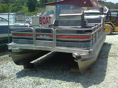 tracker boats wiki 1989 bass buggy pontoon boat pictures nina landey