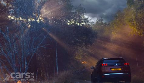 peugeot new year promotion new peugeot 3008 suv sees the return of peugeot flames