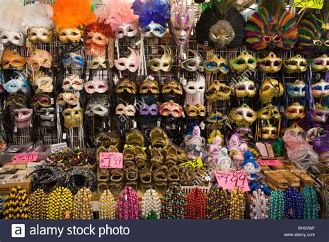 the bead shop new orleans masks alligators at market quarter