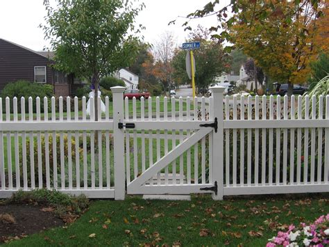what happened to my white picket fence my brain injury from my brain tumor books picket fence designs are made in order to put in yard of