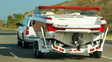 boat car trailer helpful boat towing tips