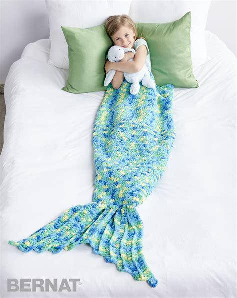 bettdecke kuscheln bernat my mermaid crochet snuggle sack crochet pattern