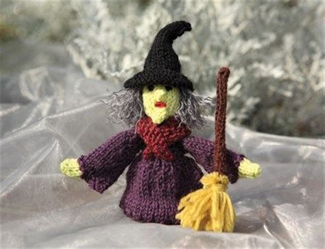 witch knitting pattern free pattern from susie s knitted finger puppets a