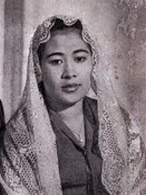 Biography Fatmawati Soekarno | biography of fatmawati soekarno biography