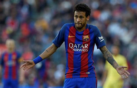 neymar biography in spanish what neymar was told during training ground argument with