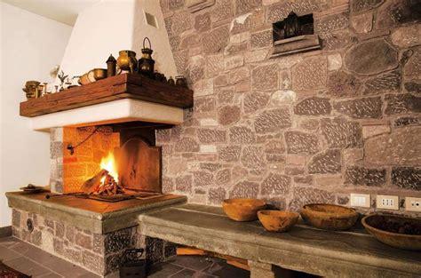camini rustici in pietra e legno camini rustici in pietra e legno missionmeltdown