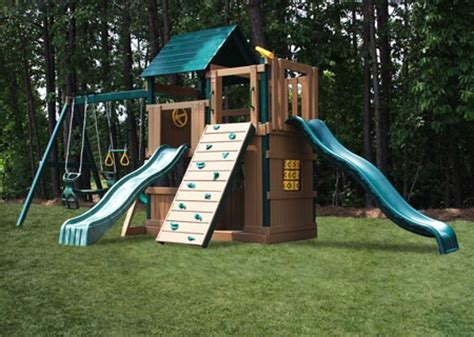 maintenance free swing sets congo safari deluxe lookout and climber swing set